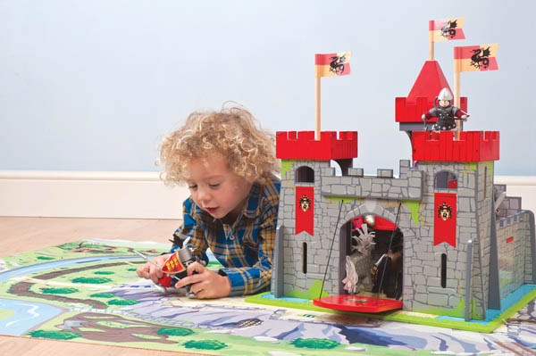 Le Toy Van-Dragonclaw Castle